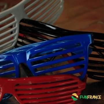 FUNFRANCE - E-Commerce Français : Lunettes de fête plastique mat barreaux - 1.083333€/ht - Lunettes de fête plastique mat barrea