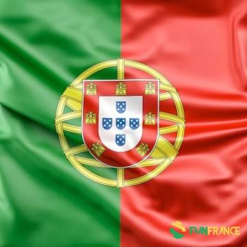 FUNFRANCE - E-Commerce Français : Drapeau Portugal 90x150cm - 4.125€/ht - Drapeau PORTUGAL. Matière 100% polyester. Dimensions l