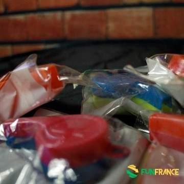 FUNFRANCE - E-Commerce Français : Sifflet plastique couleur 7cm - 0.375€/ht - Sifflet plastique couleur 7cm. Faites du bruit lor