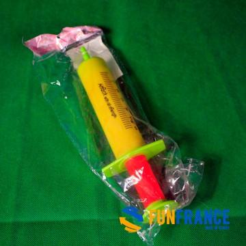 FUNFRANCE - E-Commerce Français : Seringue à eau 24cm - 0€/ht - Seringue à eau gag 24cm. Ne convient pas aux enfants de moins de