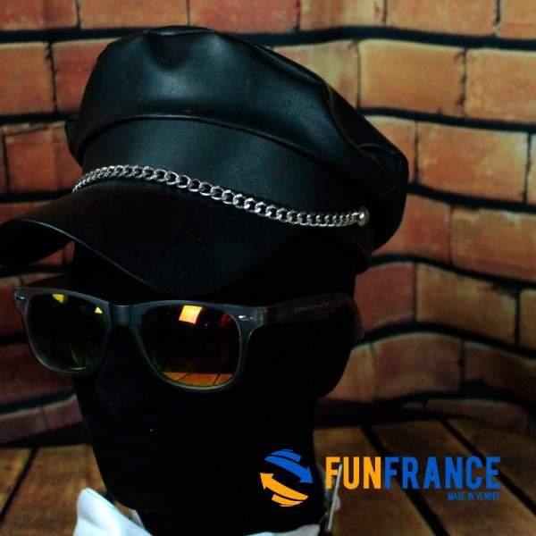 FUNFRANCE - E-Commerce Français : Casquette Biker noire - 4.041667€/ht - Casquette biker NOIRE avec chaine. Matière 100% polyuré