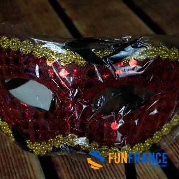 FUNFRANCE - E-Commerce Français : Masque loup paillettes et strass Rouge - 0.916667€/ht - Masque loup PVC rigide paillettesroug
