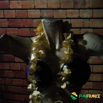 FUNFRANCE - E-Commerce Français : Collier fleurs Hawaï doré 6cm - 0.9€/ht - Collier de fleurs Tahiti en textile synthétique, dia